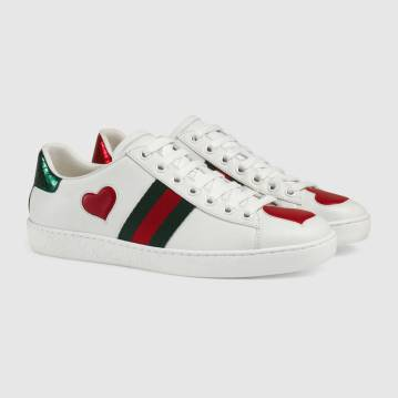 435638_A38M0_9074_002_098_0000_Light-Ace-embroidered-sneaker